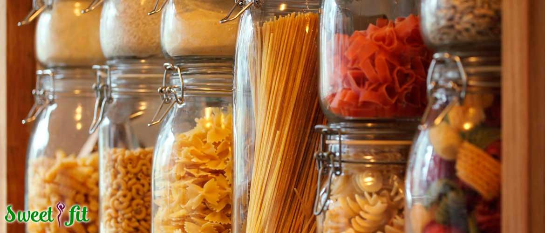 Как хранить сыпучие продукты — муку, сахар, соль, специи?